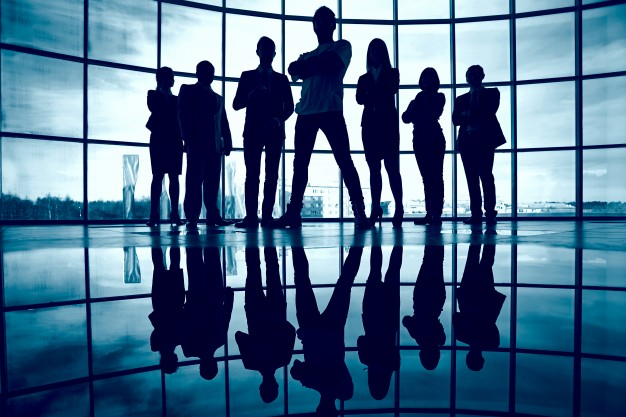 silhouette-of-confident-businesspeople_1098-1768.jpg